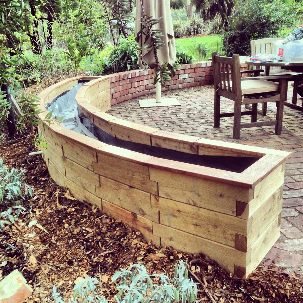 The modbox raised garden beds photo gallery for Custom garden designs