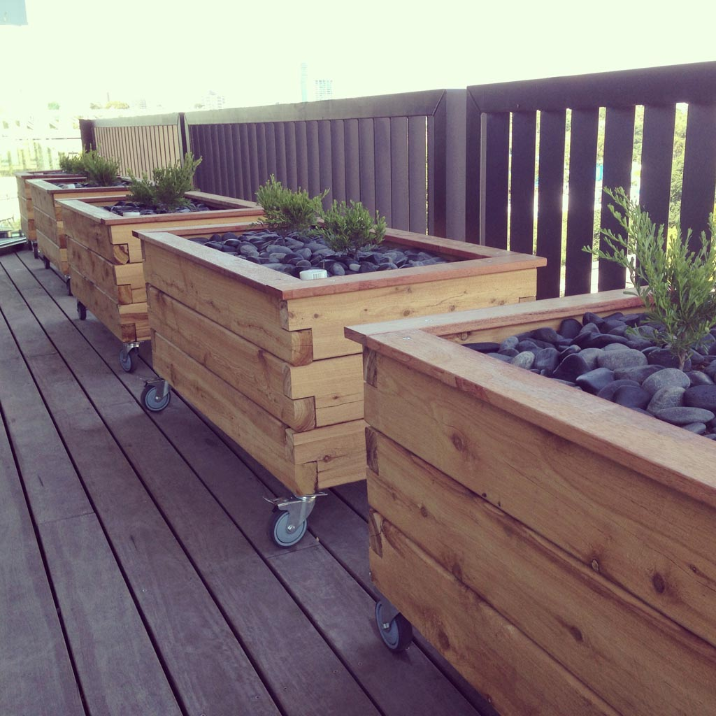 ModBOX Grande on Wheels- Planter Box - ModBOX - Raised Garden Beds